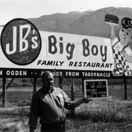 JB's Big Boy Restaurant road sign in Davis County