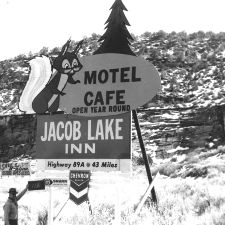 Jacobs Lake Inn road sign in Kane County