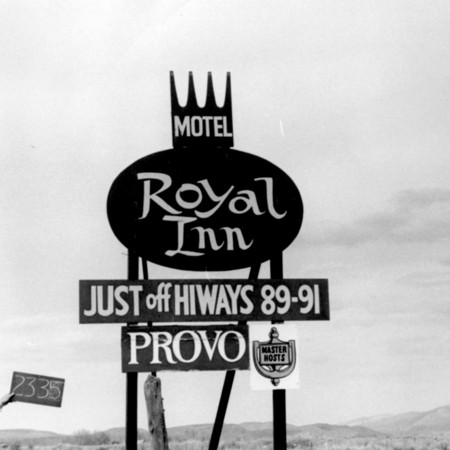 Royal Inn Motel road sign in Sanpete County