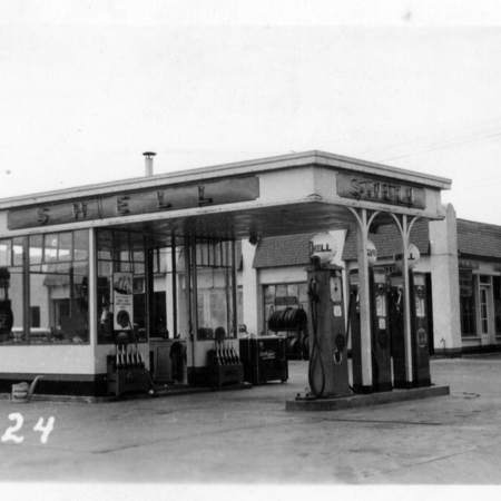 Shell Service Station at 962 South State Street in Salt Lake City, UT.