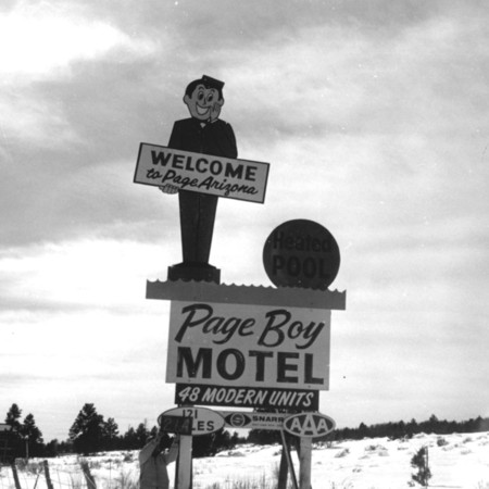 Page Boy Motel road sign in Kane County