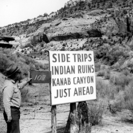 Kanab Canyon Indian Ruins road sign in Kane County