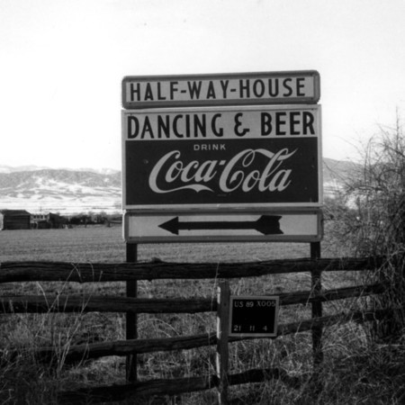 Half-Way-House road sign in Sevier County