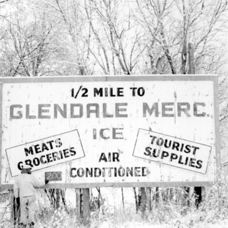 Glendale Mercantile road sign in Kane County