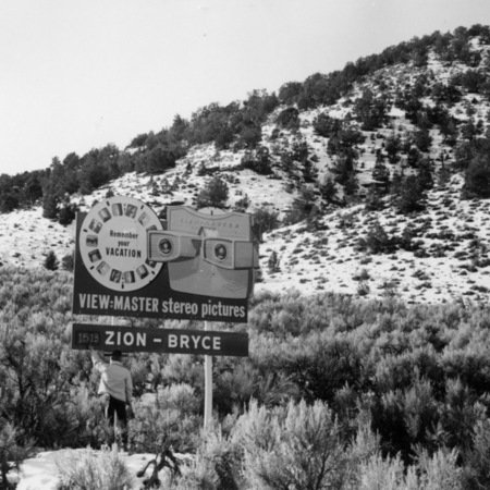 Zion-Bryce View-Master road sign in Garfield County&lt;br /&gt;<br />