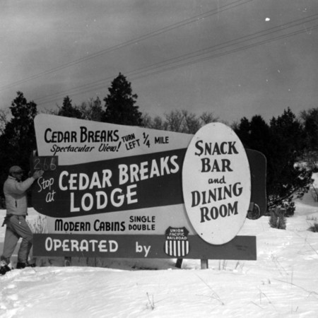 Cedar Breaks Lodge road sign in Kane County