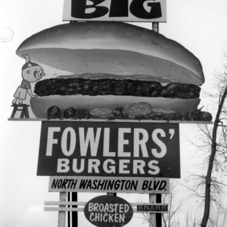 Big Fowler's Burgers road sign in Weber County