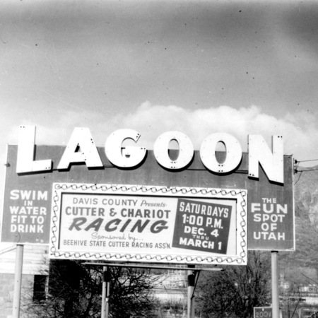 Lagoon road sign in Davis County