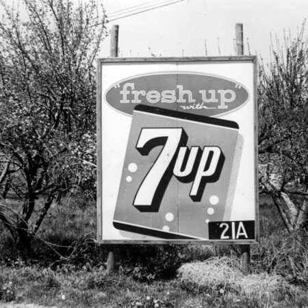 Fresh Up 7up road sign in Utah County