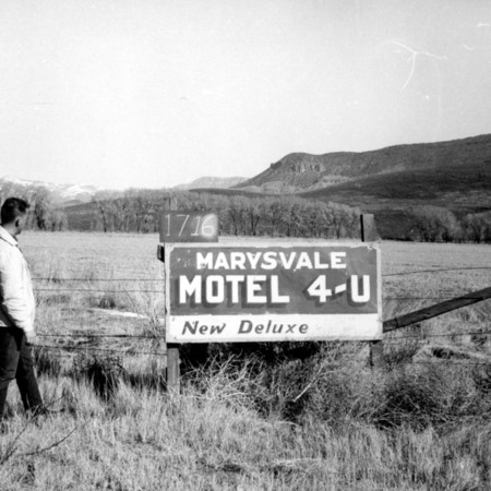 Marysvale Motel 4-U road sign in Piute County